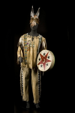 Chooktoot's doctor regalia, Klamath, ca. 1900. Photo: Frank Miller