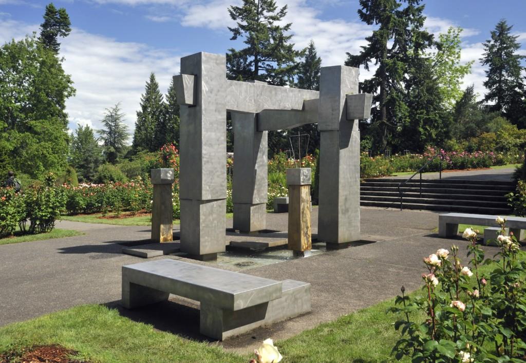 Lee Kelly, Frank L. Beach Memorial Fountain, 1975, Rose Test Garden, Washington Park, Portland, © Lee Kelly