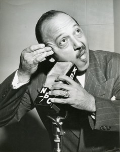 Mel Blanc gives himself a close shave for a KGW radio gig. Photo courtesy of Noel Blanc.