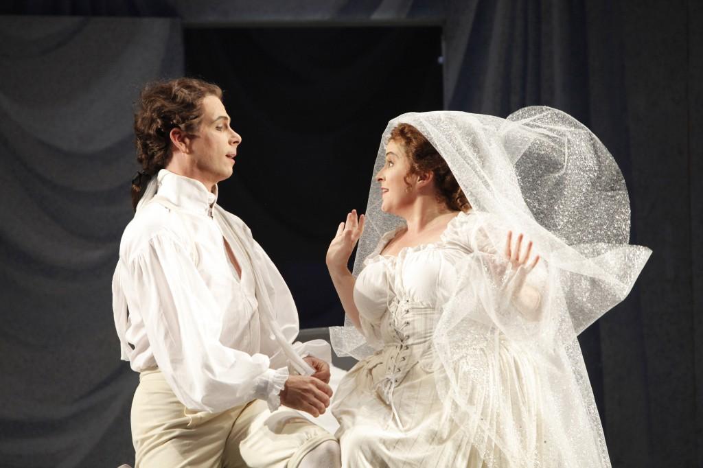 ©Portland Opera/Cory Weaver. Daniel Mobbs (Figaro) and Jennifer Aylmer (Susanna)