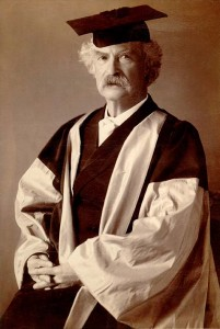 Mark Twain receiving an honorary doctorate from Oxford University. Wikimedia Commons